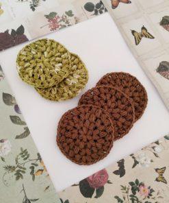 Discos desmaquillantes reutilizables de ganchillo artesanos tejidos por dimnadesigns.com