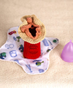Vulva-vagina de ganchillo tejida por dimnadesigns.com