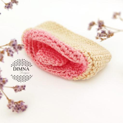 Boca de bebé a ganchillo tejido por dimnadesigns.com